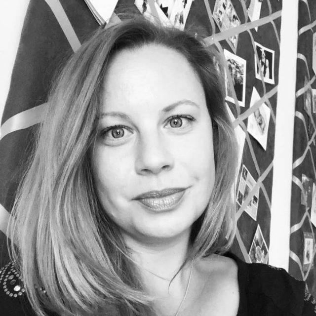 Katharina Straßer (offizielle Seite ) updated their profile picture